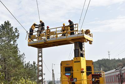 重庆轻轨学校:电气化铁道供电ManBetX安卓前景怎么样?