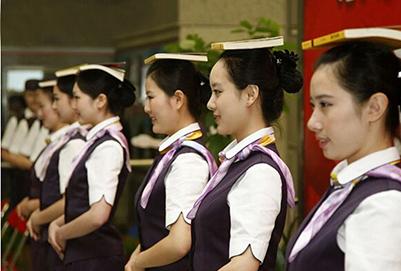 贵州铁路学校:高铁乘务员面试注意事项