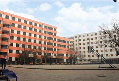 2019年自贡市电子信息万博manbetx官网手机版下载技术学校招生对象及招生条件